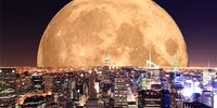 Y'all see the super moon?