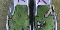 Zombie feets!
