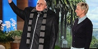 Steve Carell turns up to Ellen interview dressed as Gru from Despicable Me 2.