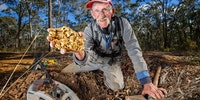68-year-old prospector finds massive gold nugget worth $222,500 in Australia