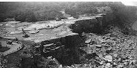 Niagara Falls without Water