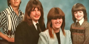Ahh, 1988. The year my family had the same haircut.