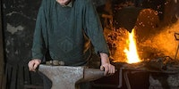 Ireland's oldest working Blacksmith still smashes metal at the age of '94